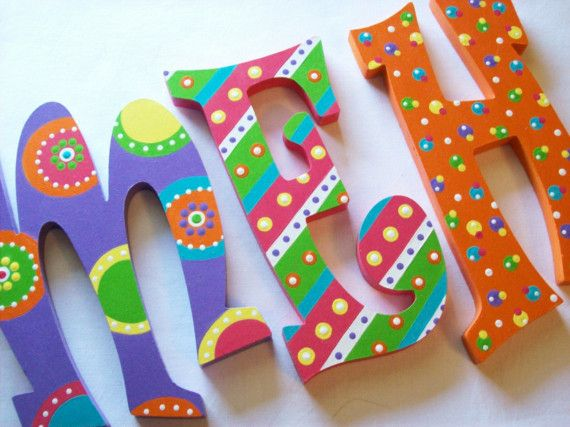 Painted Wooden Letters diseños