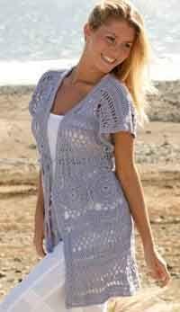 Long sleevesless cardigan with wide shoulders crochet in Muskat