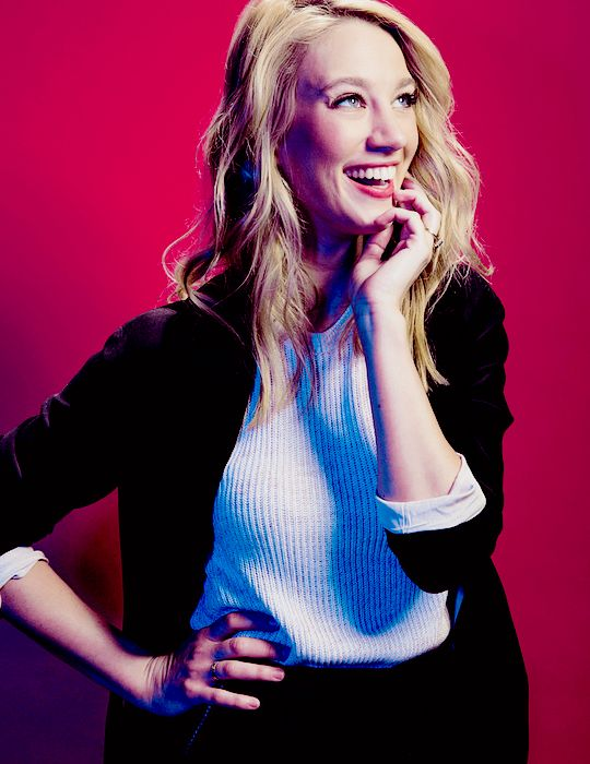 Yael Grobglas photographed by Roger Kisby for Vulture Festival Photo Studio