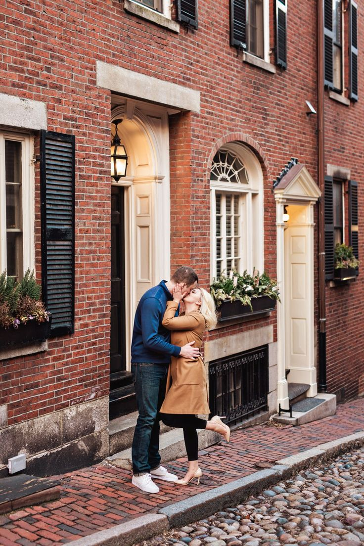 Boston Engagement Session at Acorn Street | Massachusetts Wedding Photographer