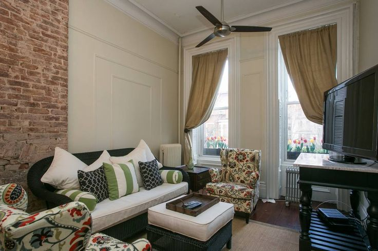 Entire home/apt in New York, US. Why pay a fortune for a NYC hotel you can barely turn around in when you can stay in your own 5 Bedroom - 2.5 Bath House!!    This grand historic home features 3 floors with over 2500 sq ft of living space.  Huge parlor, full kitchen, laundry, dec...