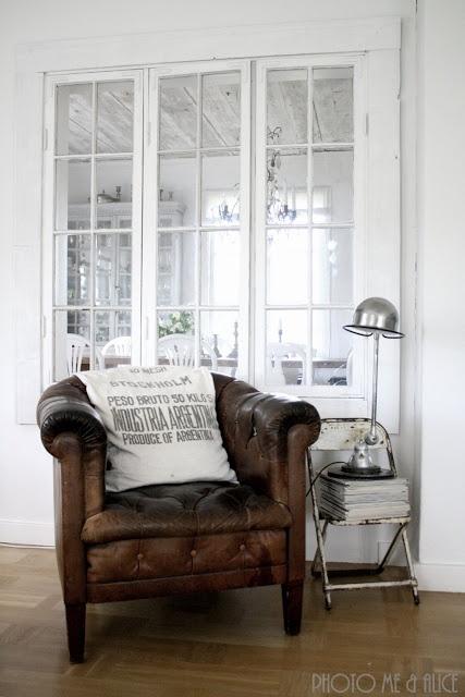 more of those interior windows I love...