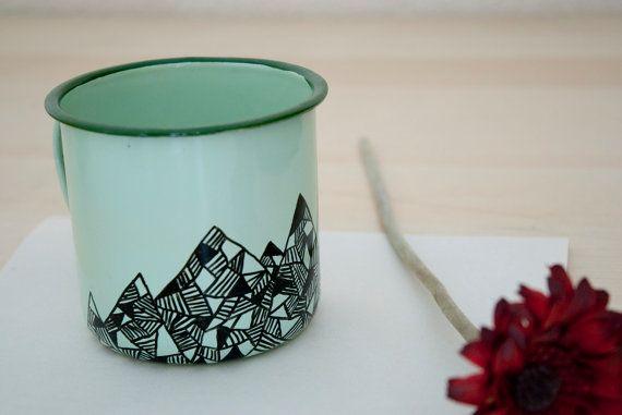 Taza esmaltada de montaña negra (sólo para decoración)