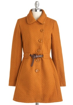 great coat! love the colour too! (not sure if i could pull it off, but so very pretty)