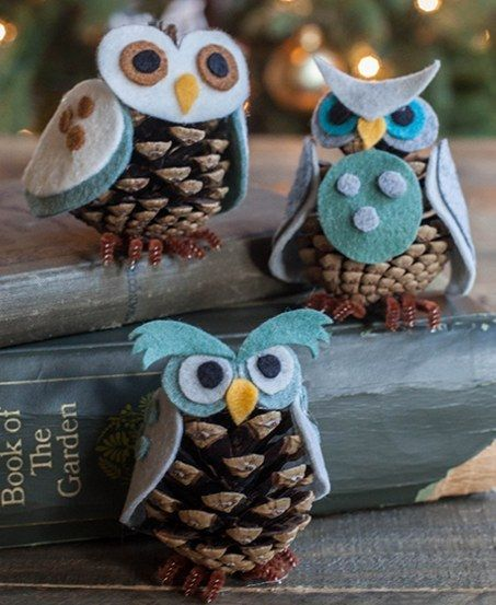 Felt Pinecone Owls   Community Post: 15 Easy, Fun-To-Make Ornaments For Kids