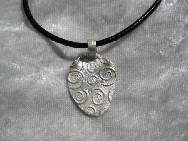 """Silberanhänger - Anhänger """"Spirals"""" aus 999 Silber mit Lederkette - ein Designerstück von Ringfreak bei DaWanda"""