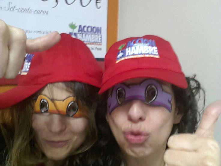 Marina Echegaray @EchegarayMarina La Dele Catalunya de @acfspain también se une a #SmileForAction de @funidelia Participa, diviértete y colabora!