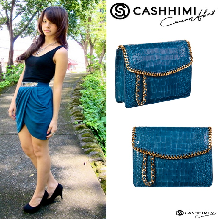 Cashhimi Blue Barrow Leather Clutch