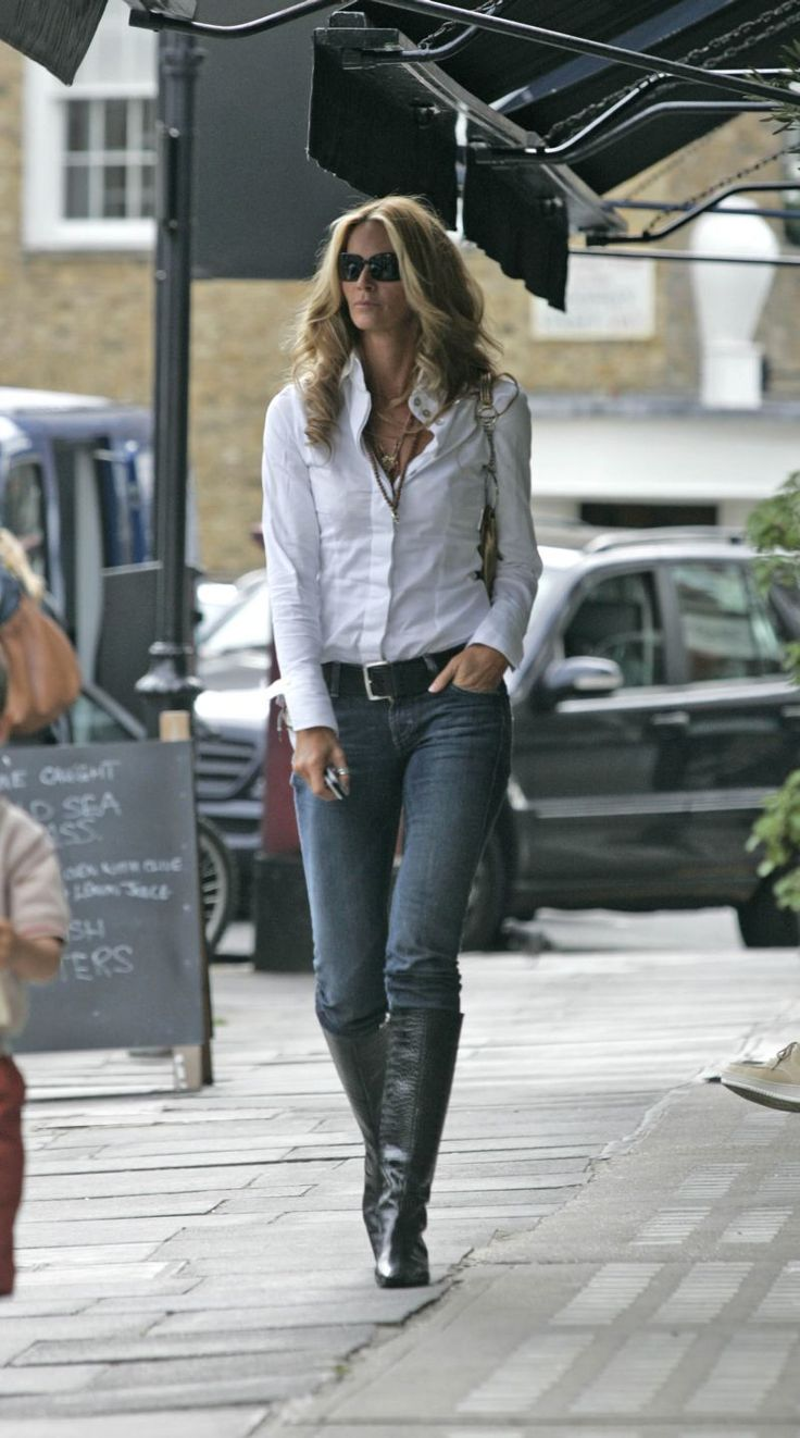 The 25 Best Ideas About Elle Macpherson On Pinterest Black Flip Flops Flip Belt And White