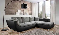 Optez pour ce canapé d'angle très contemporain. Canapé bicolore NIKOLAS, vendu sur Home24