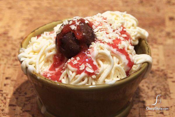 Fun Food—How to Make Spaghetti Ice Cream [RECIPE] on http://www.cherylstyle.com