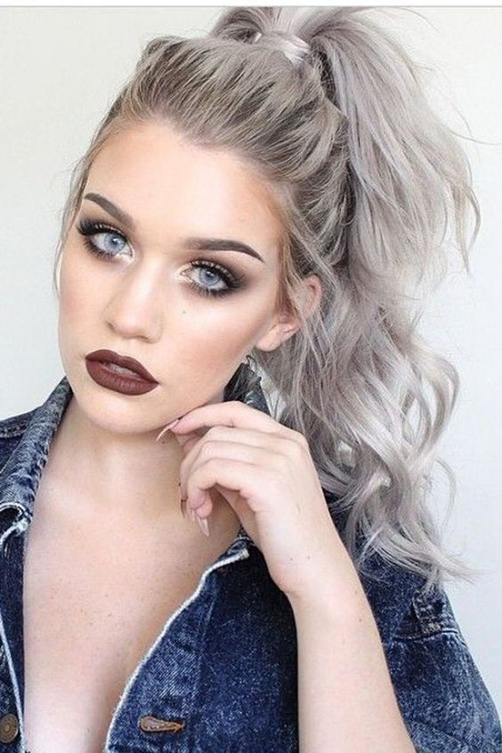 High Ponytail Hairstyle - Grey Hair Ideas