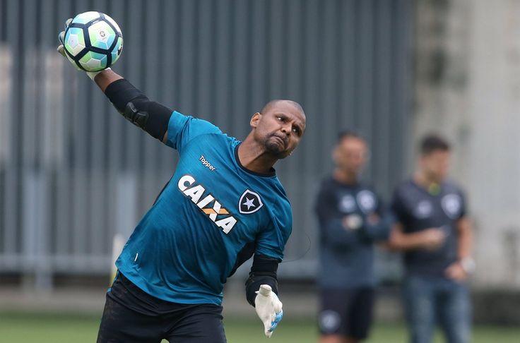 BotafogoDePrimeira: Mais um passo: Jefferson participa de jogo-treino ...