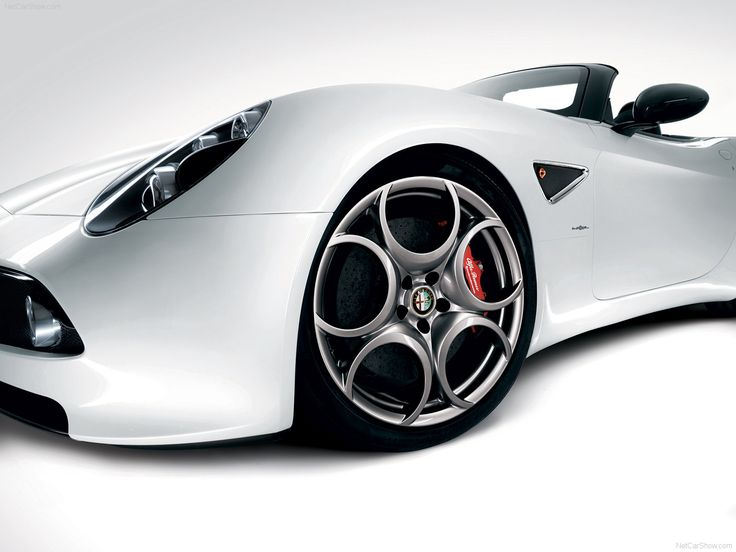 Peut-être la plus belle auto du monde...!