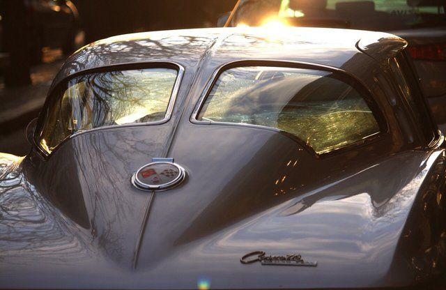 Ironstone & Indigo — Split Window Corvette