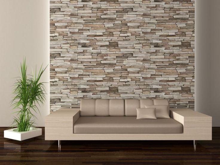 Parete con rivestimento effetto pietra in un ambiente moderno