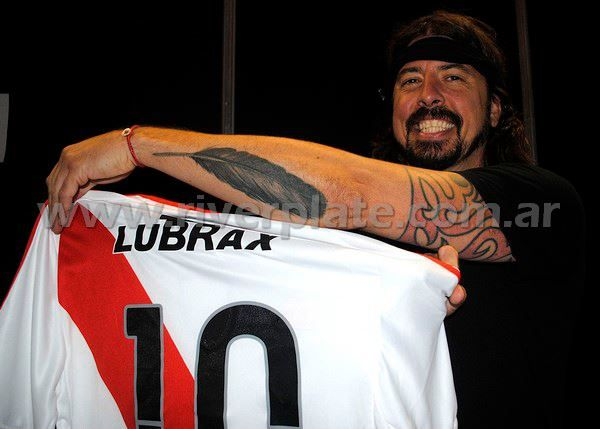 Dave Grohl & River Plate