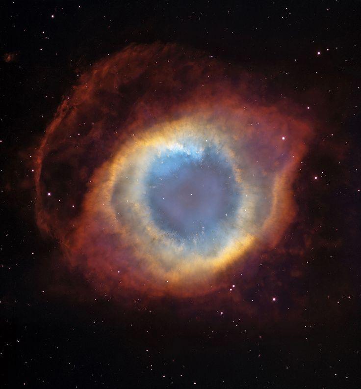 NGC 7293 ou « nébuleuse de l'Hélice »