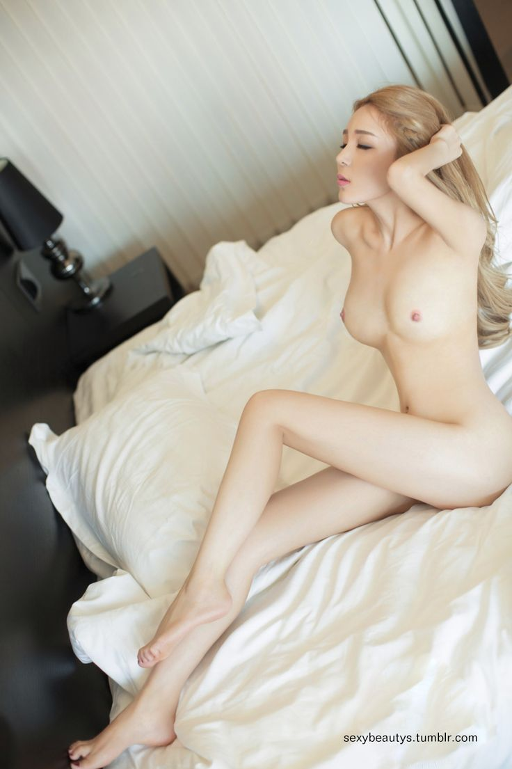 Sexy lit good looking naked women, american pussy photos