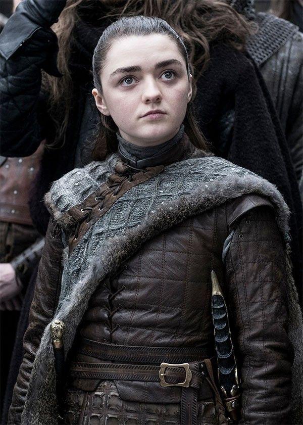 Igra Prestolov Kak Izmenilas Arya Stark Za 8 Sezonov Seriala Arya Stark Igra Prestolov Mejsi Uilyams