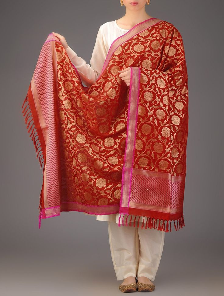 Buy Red Fuschia Floral Banarasi Silk Handwoven Dupatta By Ekaya Accessories Dupattas Timeless Treasure Sarees & in Kadwa Booti Zari Accents Online at Jaypore.com