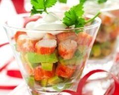 Salade de crabe et avocat en verrine (facile, rapide) - Une recette CuisineAZ