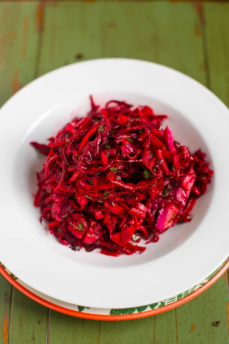 Paleo Raw Beet and Cabbage Slaw Recipe Ingredients 1/2 ...