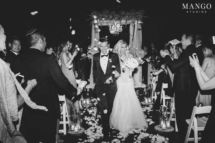#glamorous #wedding #ceremony #rose #petals