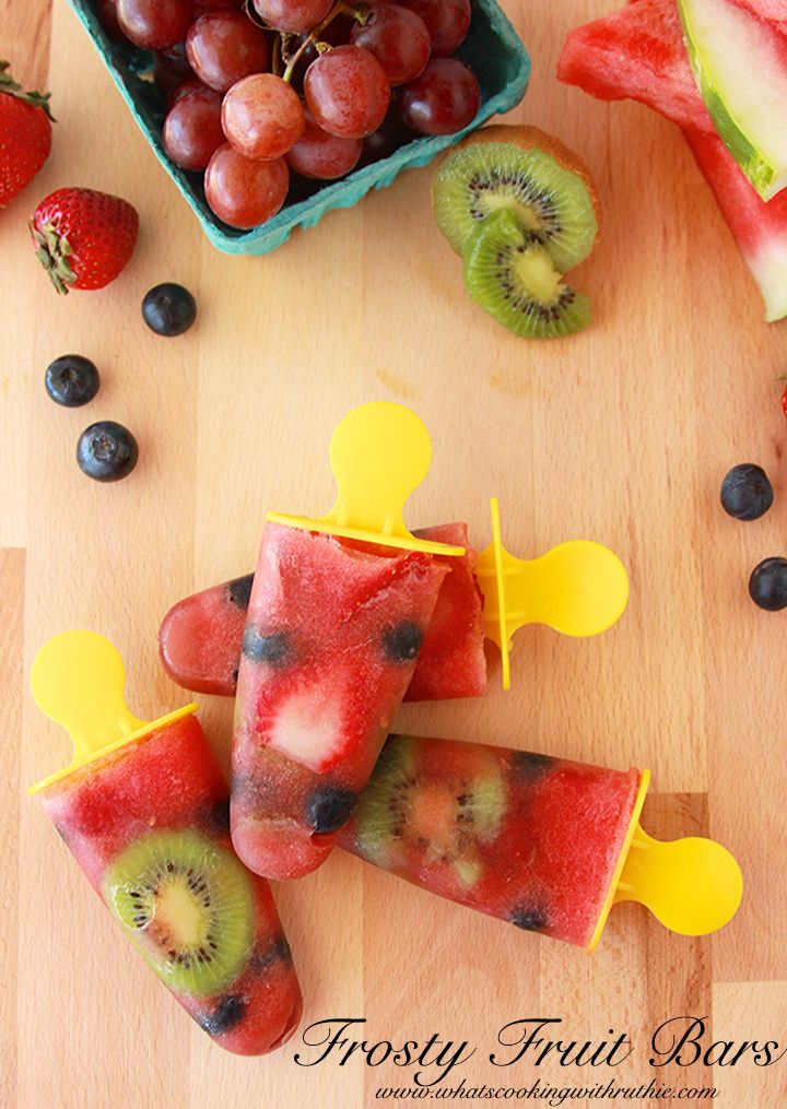 Frosty Fruit Pops with fresh fruit -the perfect summer treat!