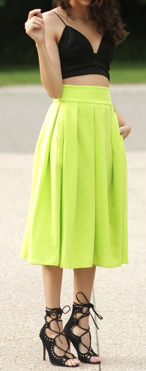 Styled the right way, and this skirt can give you a tall and lean silhouette. The pop of color is also a plus ;)