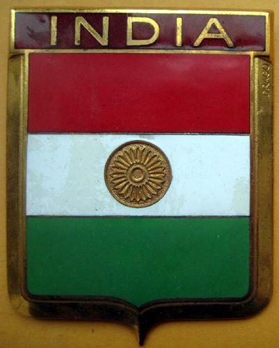 Badge auto car drago 1950s original India Red