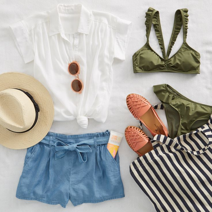 Spring Break: book it! Make warm weather dreams a reality & schedule your trip now. Then pack your bags with our stylist's outfit of the week! #Aerie