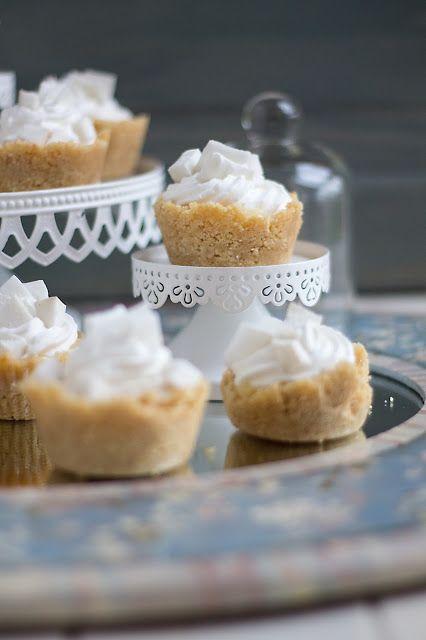 Cakes Lab Test&Taste: Tartellette al cocco fresco