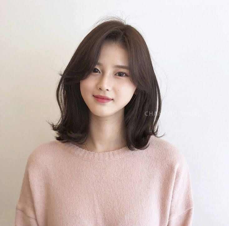Awesome Korean Hairstyle For Round Face Female 2020 And Description Short Hair Styles For Round Faces Shot Hair Styles Korean Short Hair
