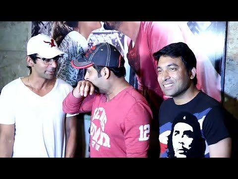 Kapil Sharma with his team at KI & KA movie screening.