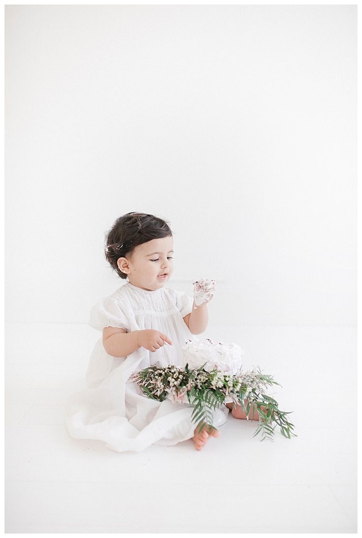 affordable wedding photographers in los angeles%0A Newborn Photography Los Angeles  Baby  u     maternity photography Los Angelesbased  in Long Beach Happy Birthday to this little gal