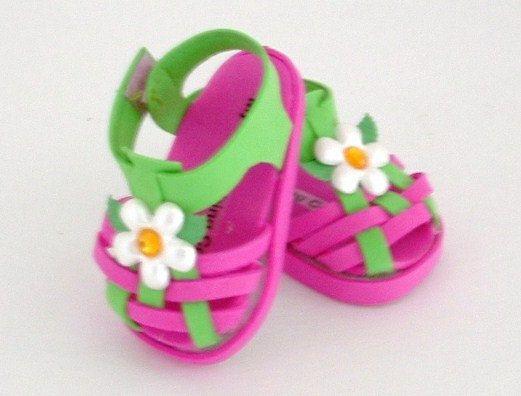 Sandalias con flores en goma eva para fofuchas