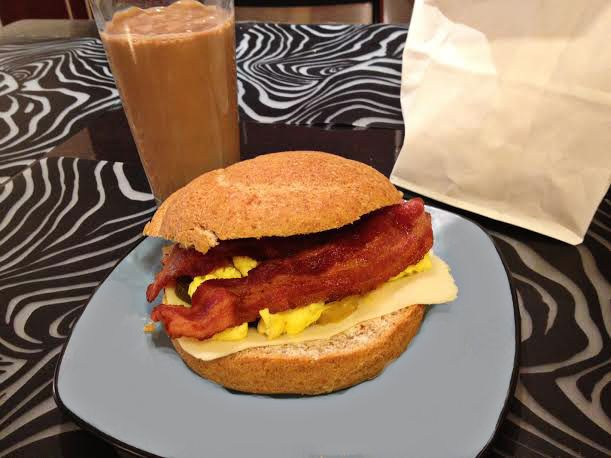 Classic+Bacon+and+Egg+Sandwich