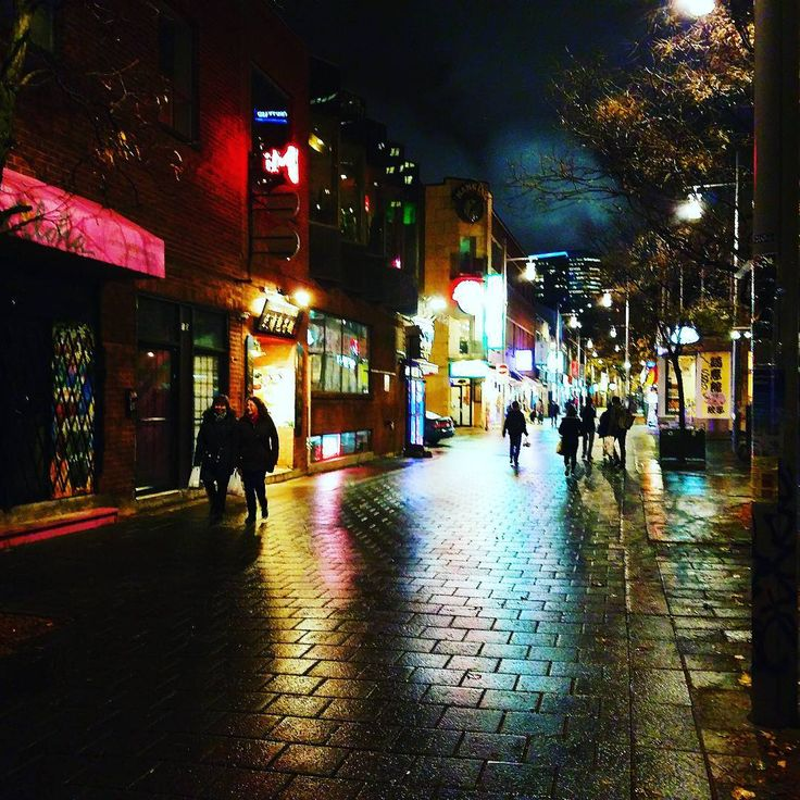 Chinatown Montréal #chinatown #montreal #night #canada