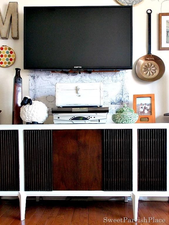 Sweet Parrish Place: Mid Century Modern Record Player Makeover