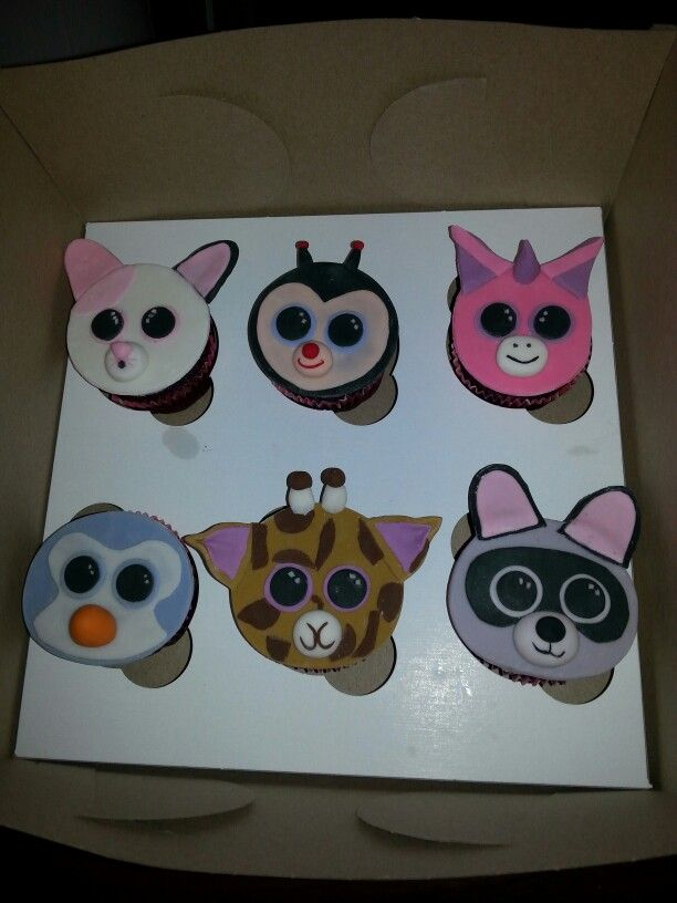 Beanie Boo Cupcakes with Fondant Beanie Boo Toppers