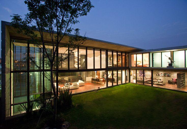 r-zero studio: H24 house