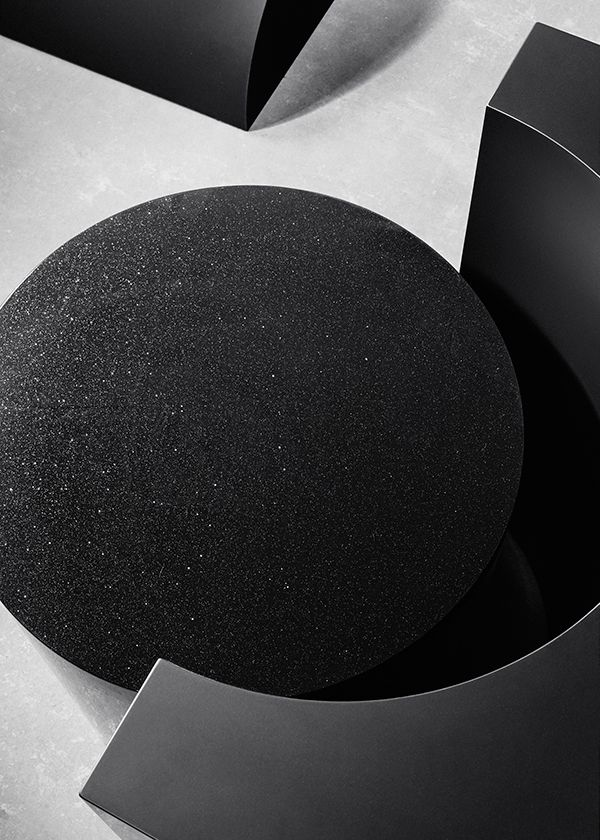 BLACK, by studio rENs - Transitions II, an exhibition by Baars & Bloemhoff.