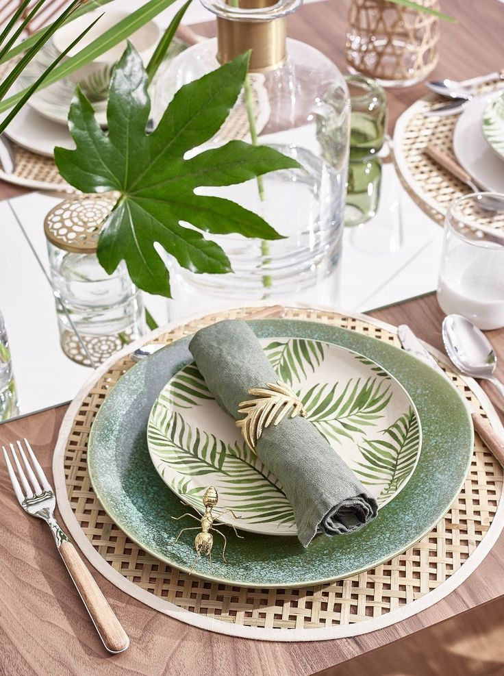 So funktioniert der Look »Tropical Table«: Wie i…