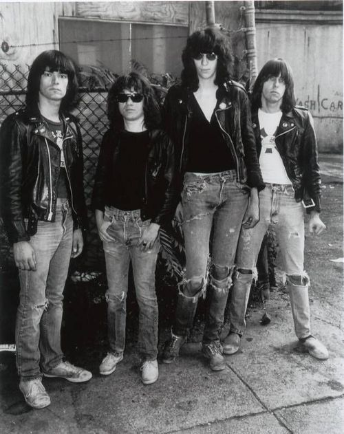 238 best images about Ramones on Pinterest   Posts, Tommy ...