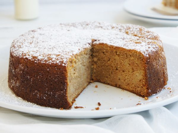 This is a great cake to make in a hurry with ingredients you are most likely to have handy, without a special trip to the shop! Serve warm with a dollop of cream for morning/afternoon tea, or with ice cream for a yummy dessert. Use fresh or tinned pie apples.