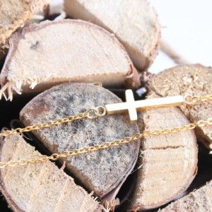 collier croix doré bijoux createur