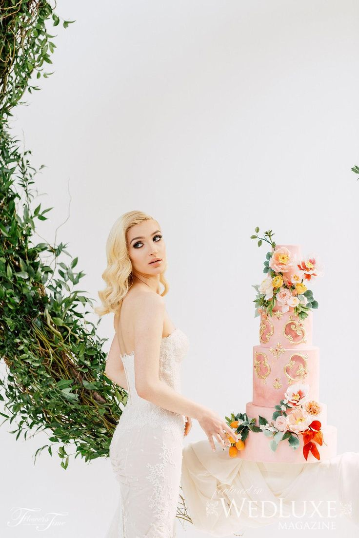 Circular floral wedding backdrop Wedluxe Amalfi style Shoot #bride#weddingdress#model#pink#white#wedding#inspiration
