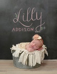 Planning a portrait session for your little one? Check out these great newborn photo tips!  #BabyPortraits