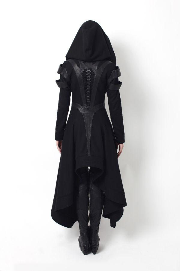 declencheurs:  Gelareh designs coats
